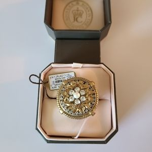 Juicy Couture Round Crystal and Pearl Ring